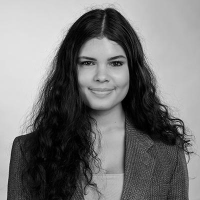 Porträt von Deike Janssen. Foto: Thomas Steinlechner